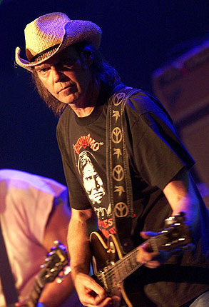 Shakey Neil Youngs Biography By Jimmy Mcdonough
