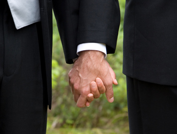 California Supreme Court legalizes gay marriage