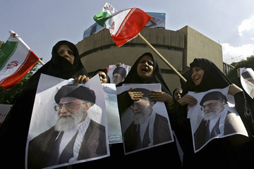Ayatollahs combine concessions with warnings