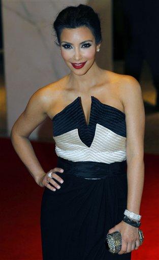 kim kardashian under fire for breastfeeding tweet