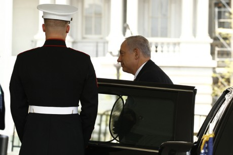 Obama and Netanyahu plan photo op for peace