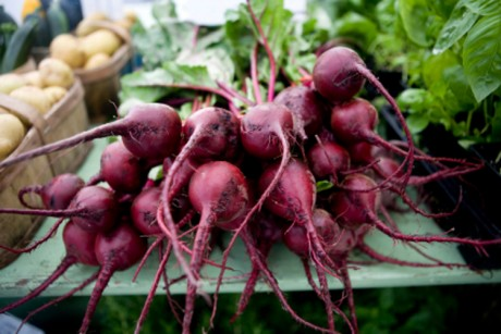 How to buy, roast and peel beets