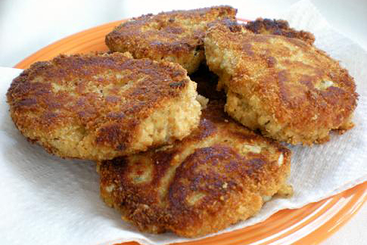 Salmon Cakes From A Dollar Store Gourmet