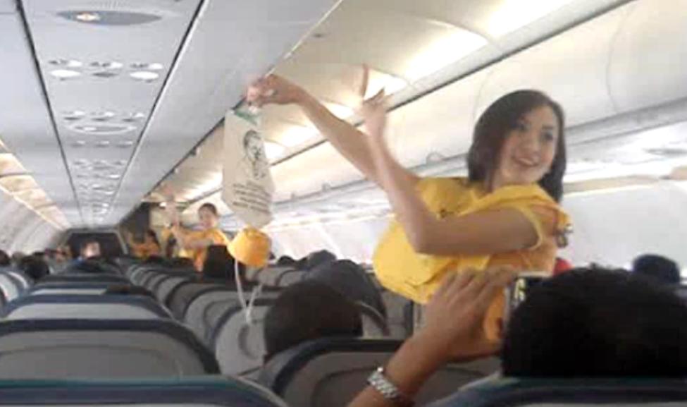 flight attendant sex video Jan 2017  We have hours of Asian Porn Scandal Videos!