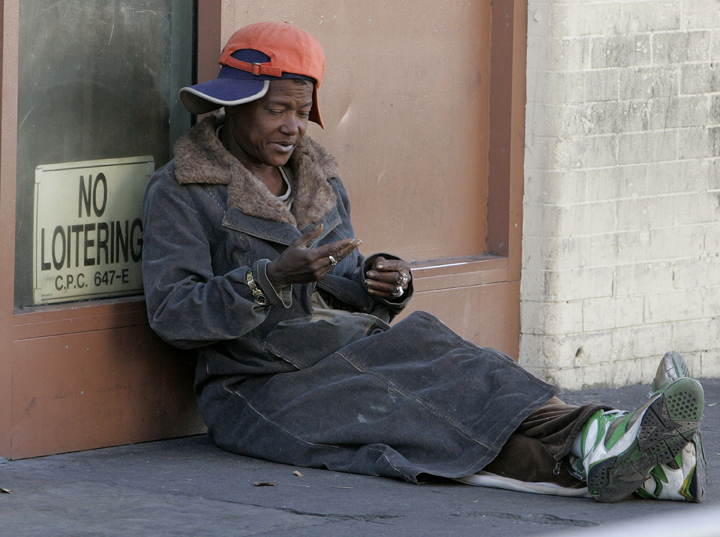 photo essay homeless people From laptops and iphones to 'obama phones' how homeless people use technology: a photo essay on street poverty and consumer gadgets.
