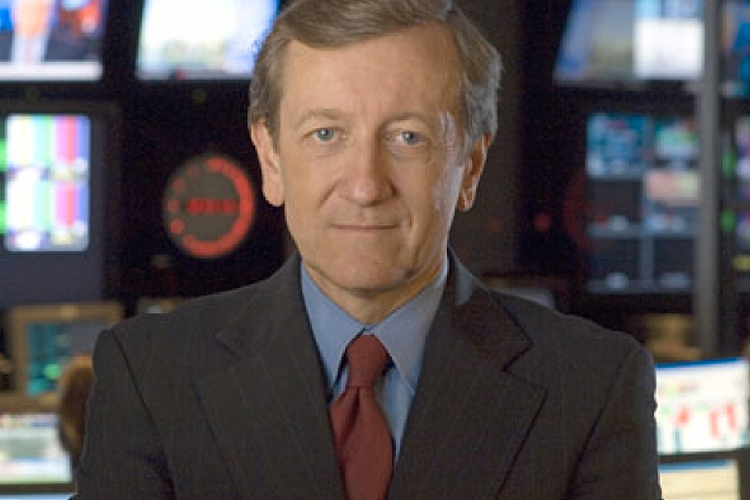 ABC News investigative reporter Brian Ross has a scoop: His house is on fire! And Brian Ross is on the scene. - brian_ross_house_is_on_fire_brian_ross_reports