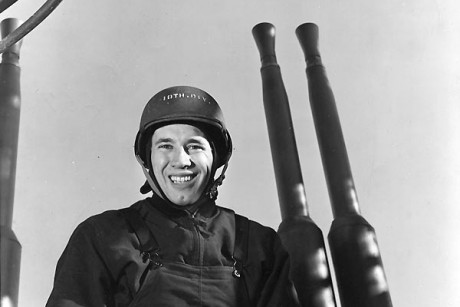bob_feller_in_the_navy_during_world_war_