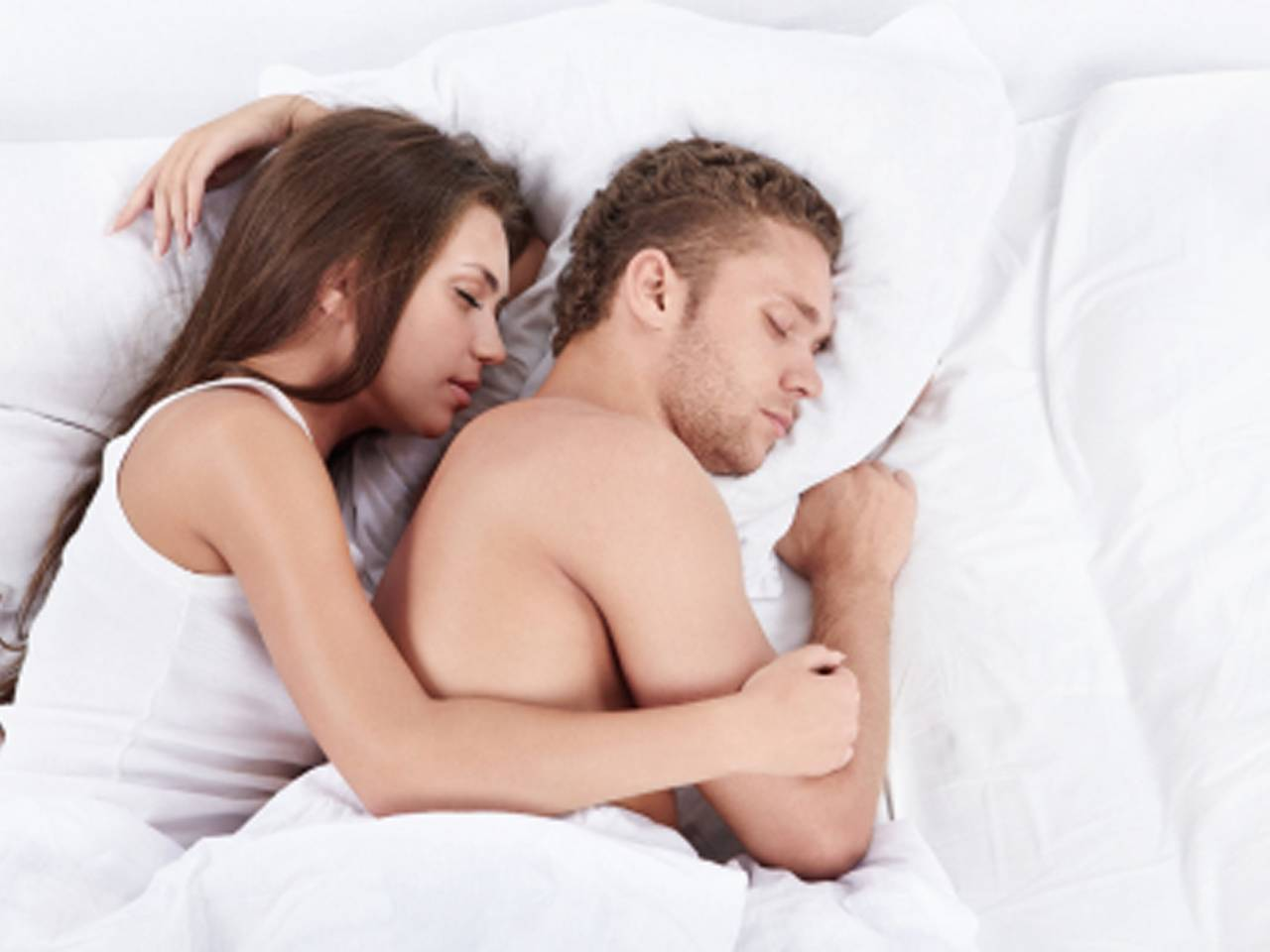 Съёмка спящих жён 20 фотография