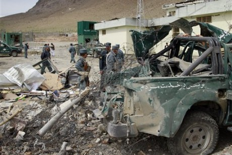 Suicide bomber kills nine soldiers at Afghan base