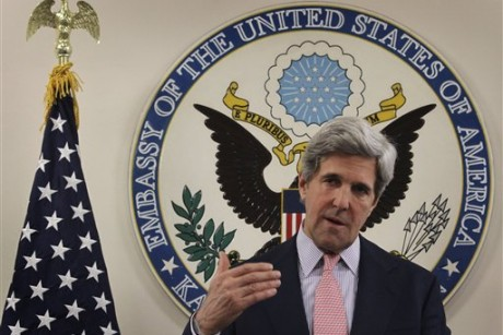 Kerry says relations with Pakistan at crossroads