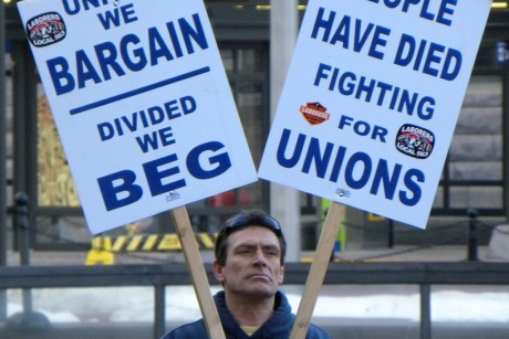 what are the advantages and disadvantages to wal mart in working with unions Some people of course argue that walmart reduces living standards, hurts   they work for the local, competitive, small store that goes out of business   unions—and it is the unions that are leading this attack on walmart,.