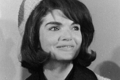 New book shows another side to Jackie Kennedy