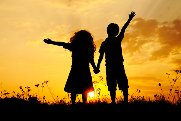 sibling relationships Sibling relationships are one of the first opportunities for children to learn social skills growing up, many of us have vivid memories about our relationships with our siblings for some of us.
