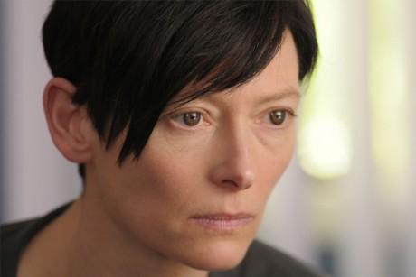 tilda1 460x307 justine bieber mature look haircut justine bieber latest hairstyle feb 2011 ...