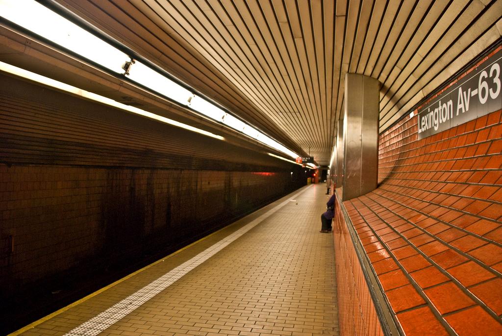 Lexington Platform Bed