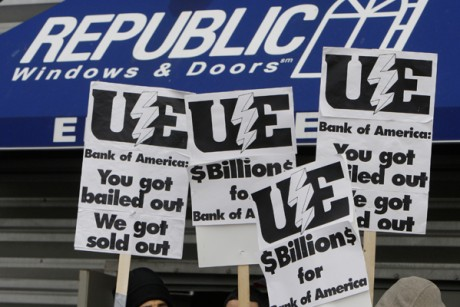 Workers picket at the Republic Windows and Doors factory in Chicago, on Dec. 8, 2008.