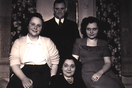 Clockwise from left: Aunt Sissy, Uncle Frank, Aunt Jonie and Aunt Rosie ...