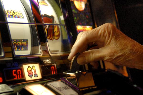 Elderly and gambling addiction human risk of gambling