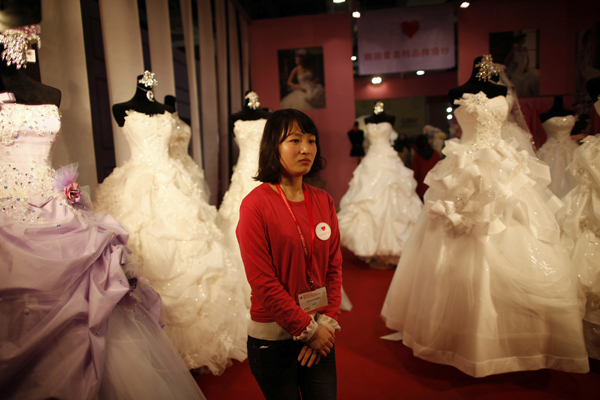 Wedding Dresses For   At China Mall Johannesburg : Wedding dresses at the china international expo in shanghai