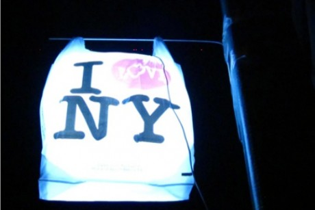 Police arrest artist setting up 'I Love NY' work