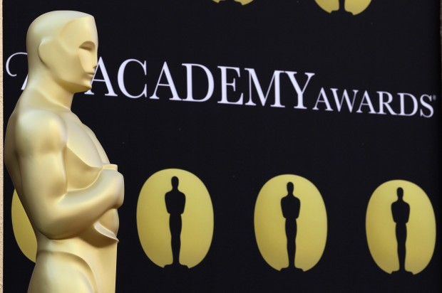 Concerns over e-voting push Oscar nomination deadline back by 24 hours