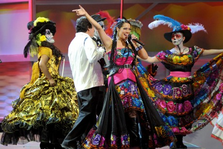 Jesse & Joy take 4 Latin Grammys, Juanes wins too