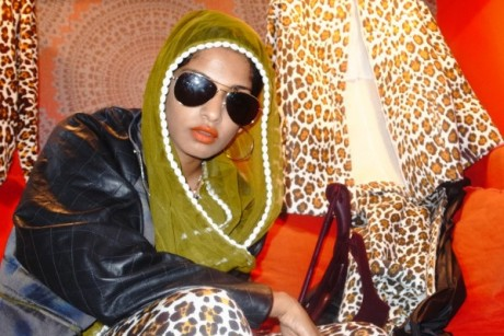 M.I.A appeases Twitter with new track