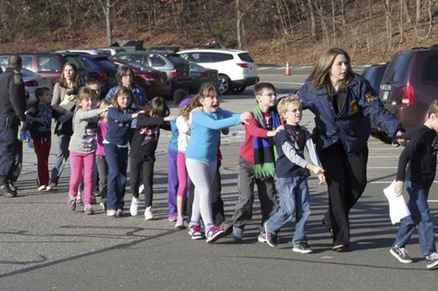UPDATE: 26 dead in Connecticut school shooting