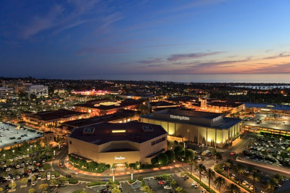 Shots fired at Southern California mall