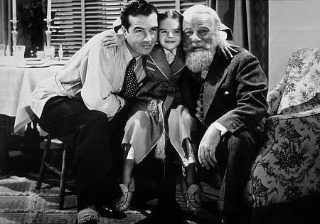 Miracle on 34th street best christmas movie ever for Famous black and white christmas movies