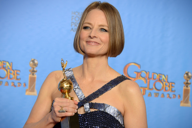 Jodie Foster Comes Out, Gritting Her Teeth  Saloncom-6023