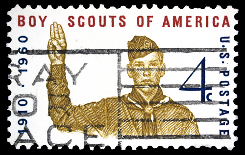 Boy Scouts may end ban on gay members