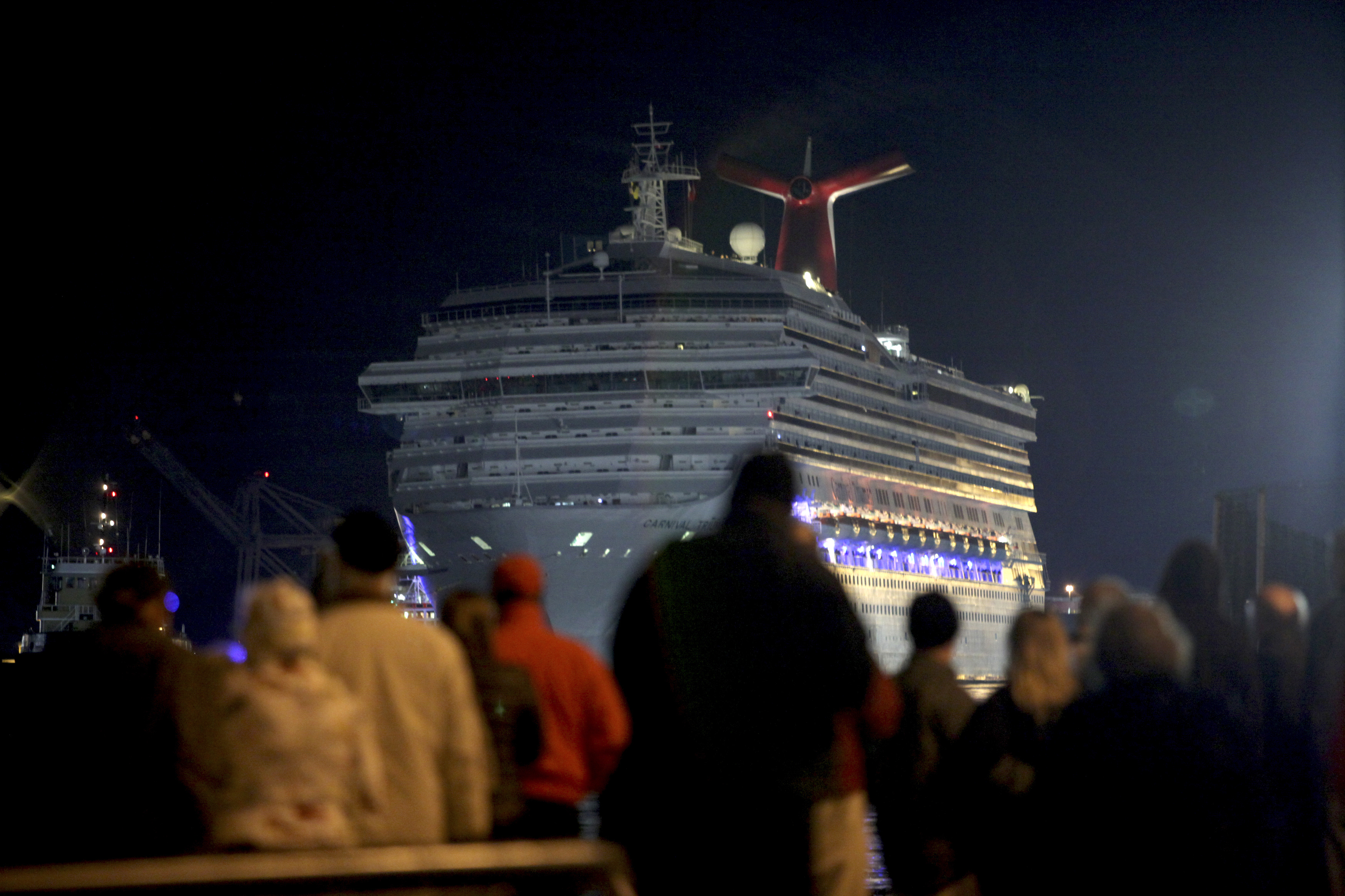 Cruise From Hell Dont Pity Carnivals Passengers Saloncom - Working as a hairdresser on a cruise ship