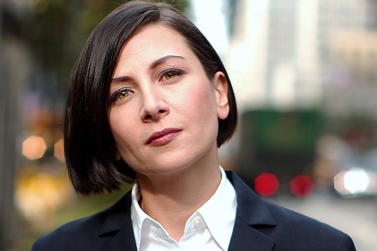 The 54-year old daughter of father (?) and mother(?), 173 cm tall Donna Tartt in 2018 photo
