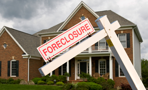 Banks wrongfully foreclosed on 700 military members