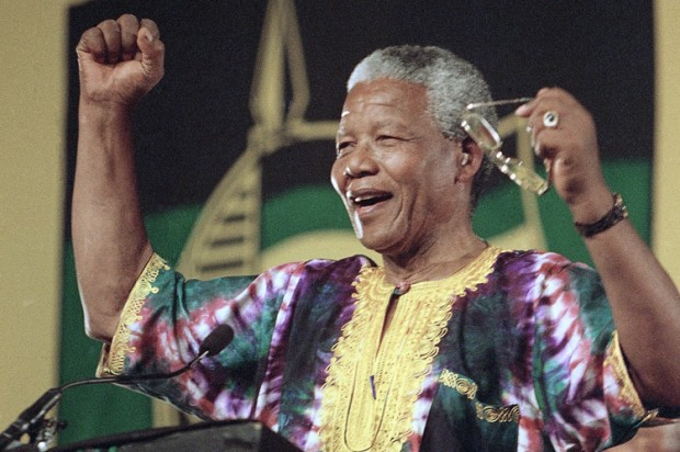 Twitter reacts to Mandela's death
