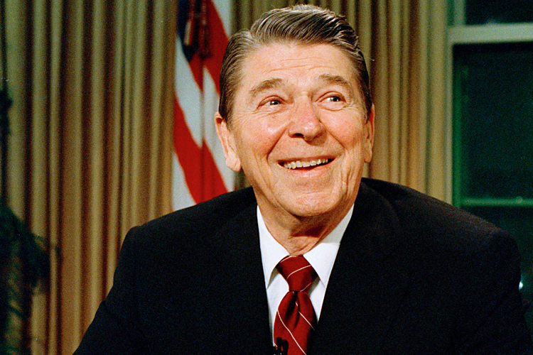 ronald reagan bad president essay Introduction reagan, ronald wilson essay on ronald reagan - president ronald reagan he stood up to the worst economic.