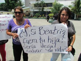 Salvadoran Women