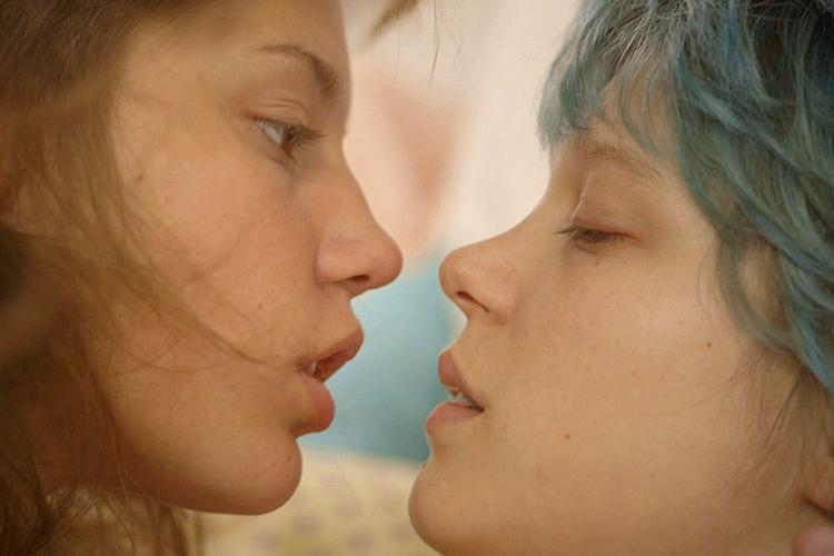 Steamy Lesbian Sex 60