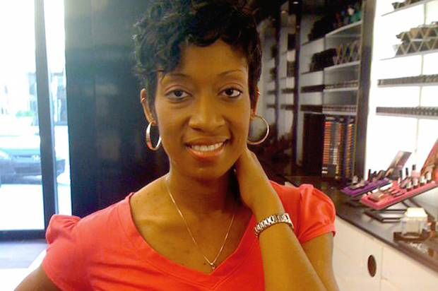 """""""Trapped in the dark"""": Marissa Alexander and how our twisted legal system re-victimizes domestic violence survivors"""