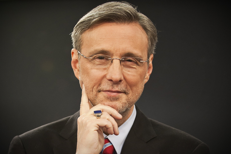 Thom Hartmann: Libertarians are pushing us over a cliff ...