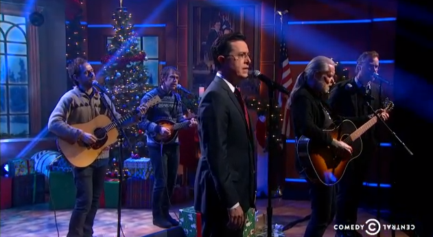 "Stephen Colbert performs ""Silver Bells"" with Gregg Allman and the ..."