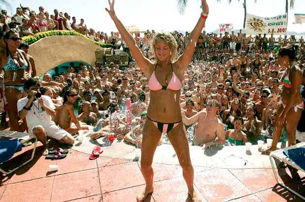 Sexy tan nude girls