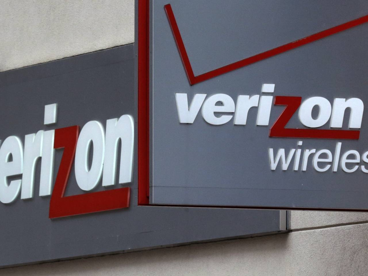 Verizon strikers vs. the American oligarchy: Why the telecom giant's anti-worker practices represent everything wrong with our economy - Salon.com