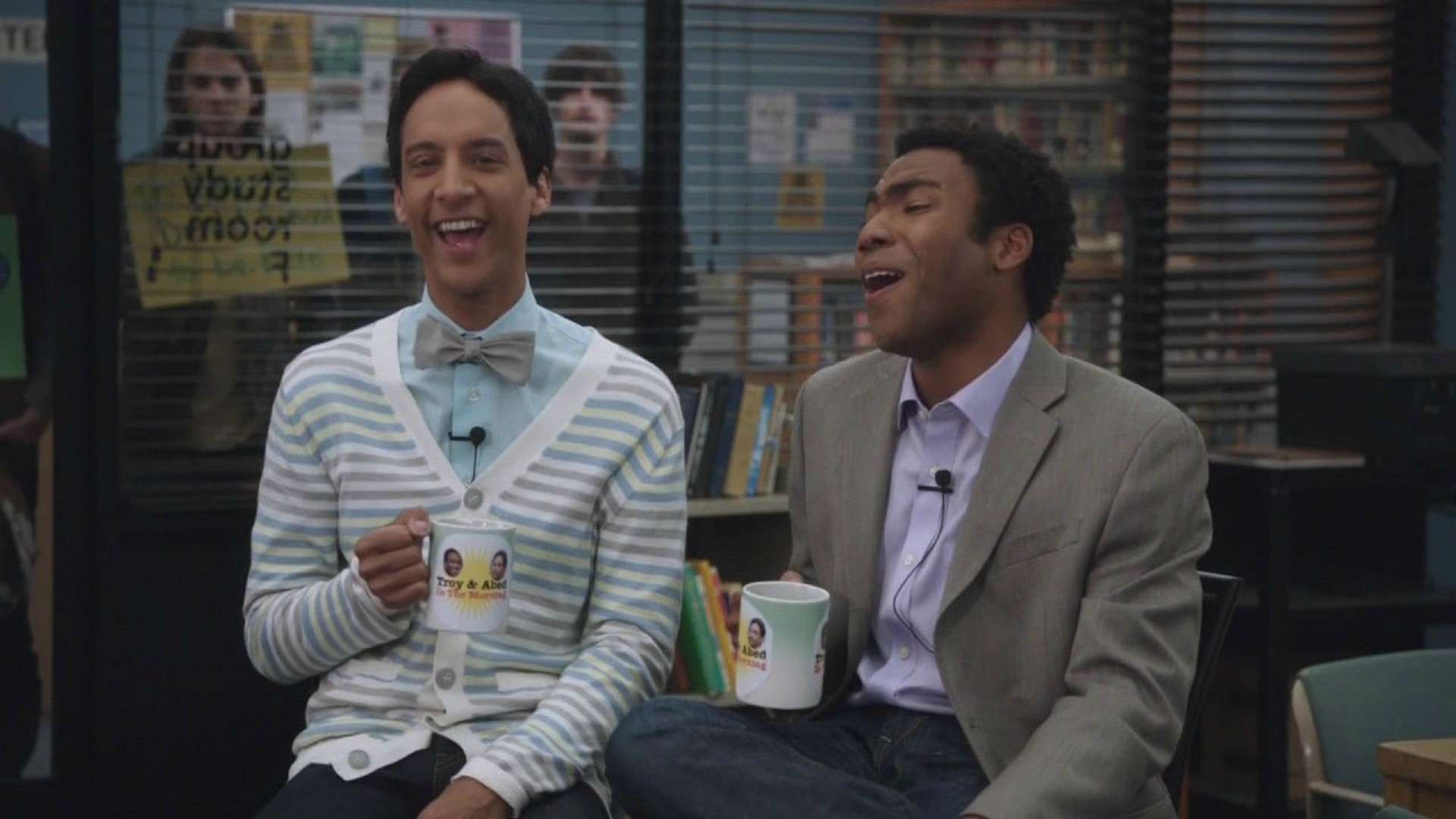 Watch The 10 Best Television Blooper Reels Of The Past 20 -2951