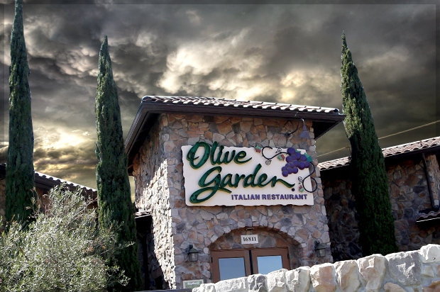 The real olive garden scandal why greedy hedge funders - What time does the olive garden close ...