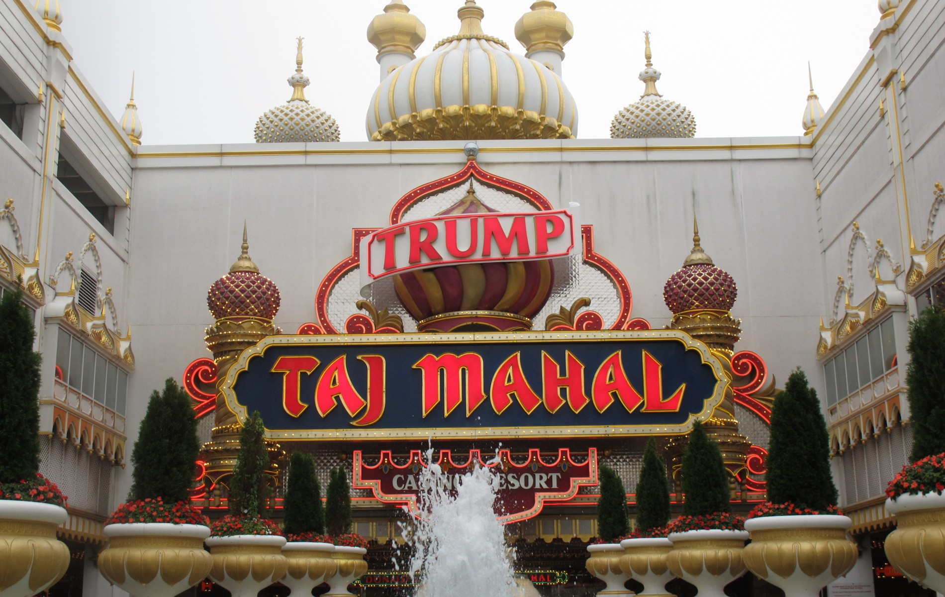 Dc5m United States Mix In English Created At 2017 09 26 1209 Kebab Mangga By Champlo Sf During The 2016 Election Campaign Donald Trump Repeatedly Emphasized That Our Country Was Run Terribly And Needed A Businessman Its Helm