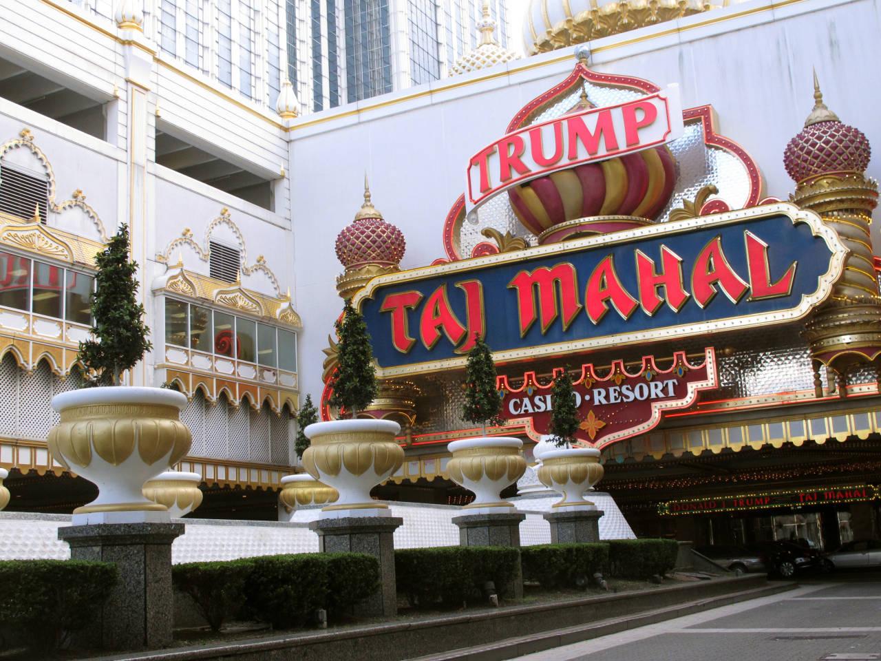 Trump taj mahal in atlantic city to close after labor day for Taj mahal online casino