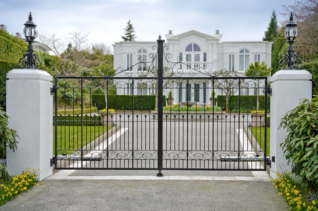gated_mansion.jpg