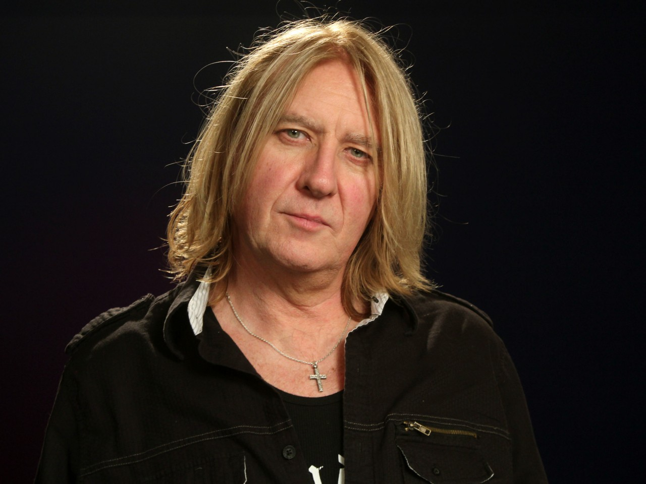 how tall is joe elliott